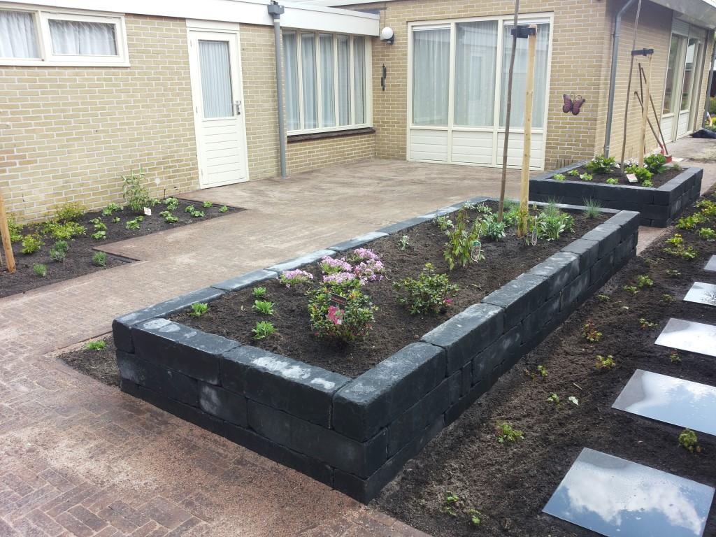Tuin Met Overkapping : Een tuin met overkapping vechtdalgroen hoveniers hardenberg